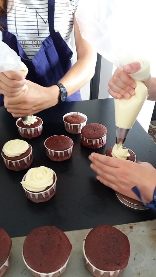 cours de cuiisne dinard saint-malo cupcakes EVJF